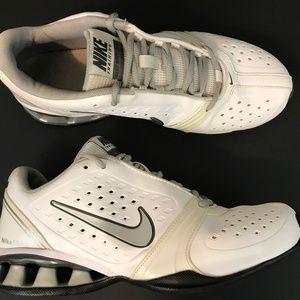 Nike Womens Reax Rockstar Running Shoes Size 8.5